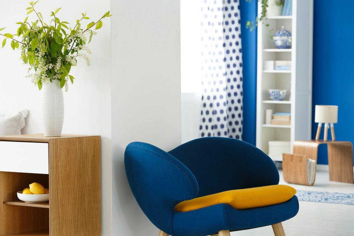 chair-in-living-room-P6ESGLR.jpg
